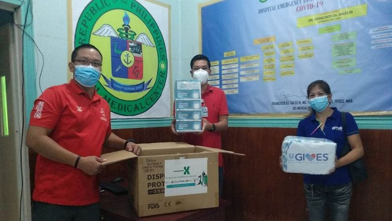 medical center volunteers