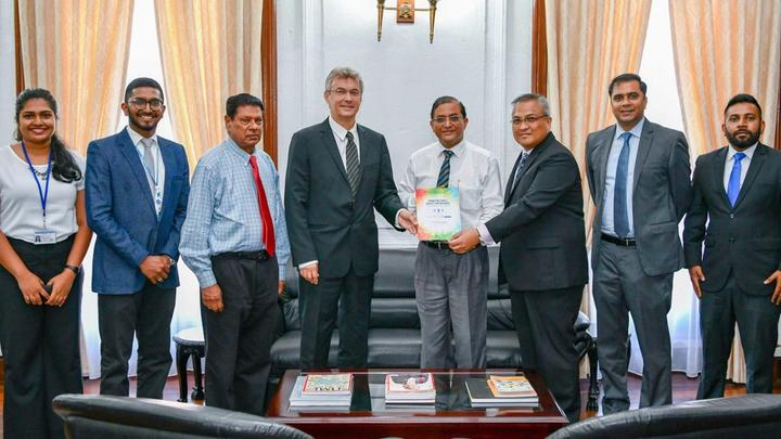 Unilever and UNDP Delivering PPP Policy Paper to President's Secretary