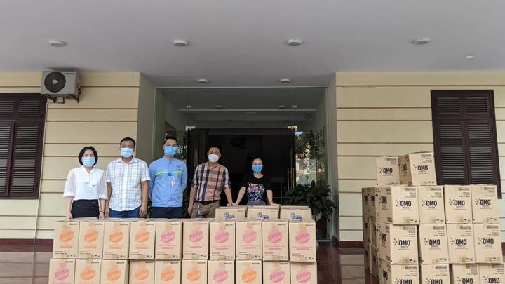 Unilever trao các sản phẩm chống dịch cho TP. HCM và các tỉnh thành