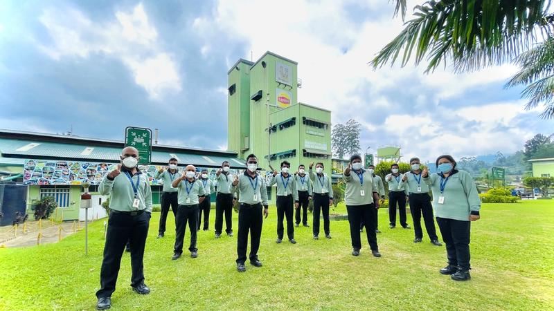 Employees at Unilever's Ceytea factory in Agarapathana