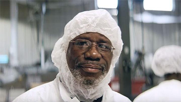 Headshot of Dion Drew, supervisor at Greyston Bakery