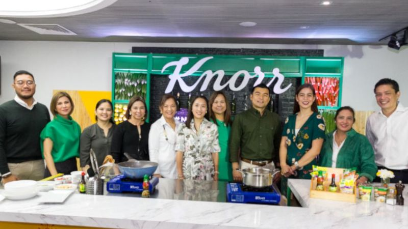 Knorr group photo