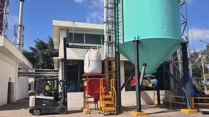 Lò sản xuất viên gỗ biomass từ nguyên liệu rác thải tại nhà máy của ULV