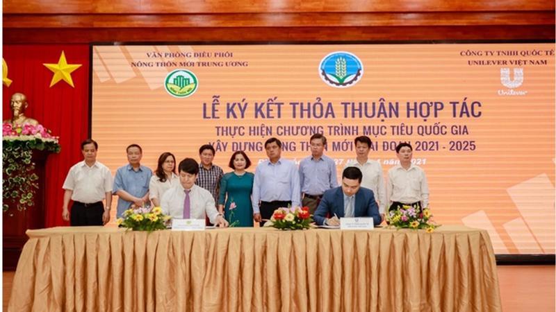Unilever Viet Nam va Van phong Dieu phoi Nong thon moi Trung uong ky hop tac xay dung nong thon moi 2021-2025