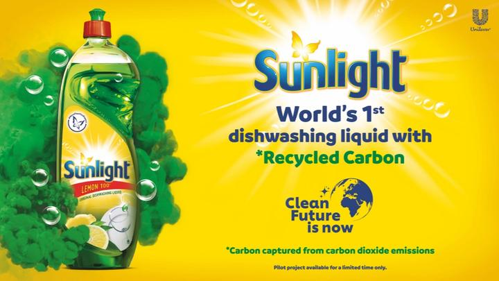 World's 1st Dishwashing Liquid with *Recycled Carbon