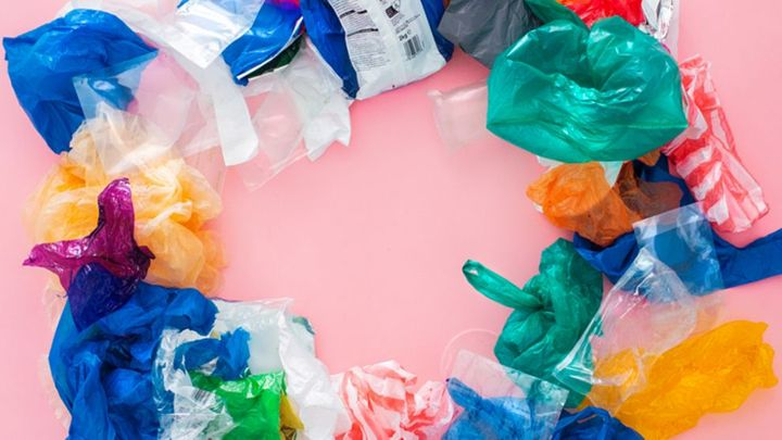 An image of flexible plastics laid out to create a circle, representing the circular economy.