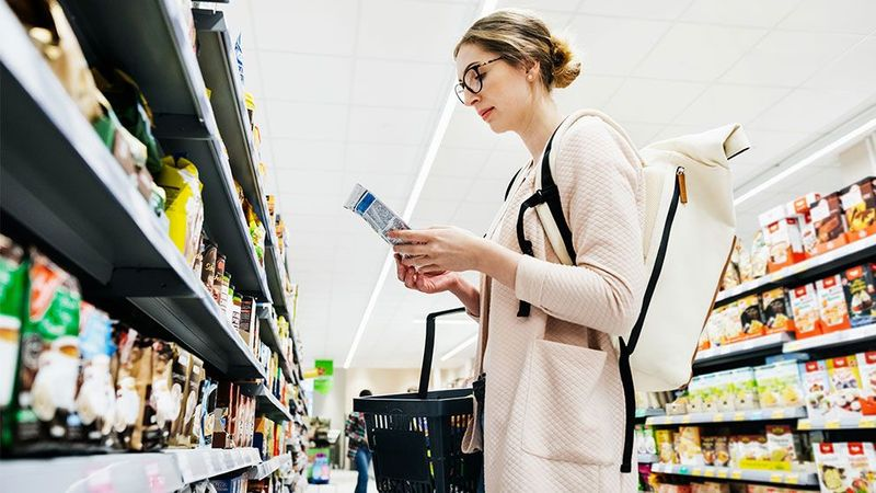 A women shopping in a grocery store