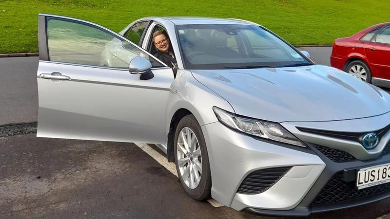 Unilever employee in hybrid vehicle