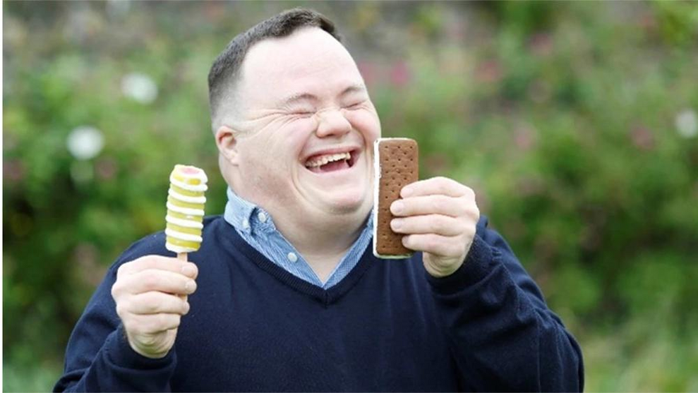 An individual enjoying their HB ice-creams, which help to support Down Syndrome Ireland