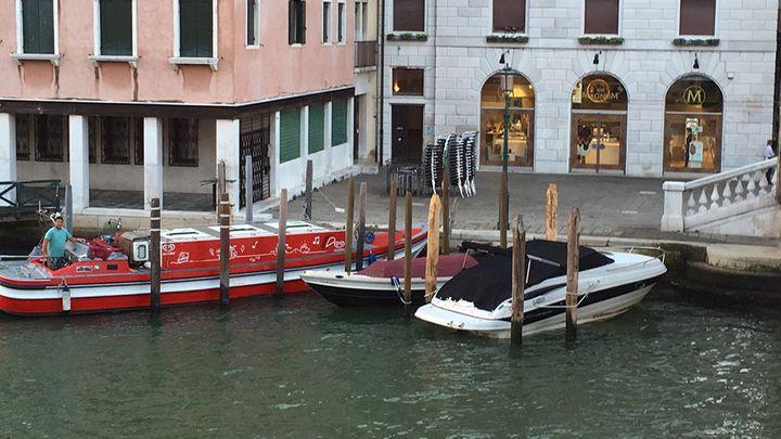 Electric gondola in Venice