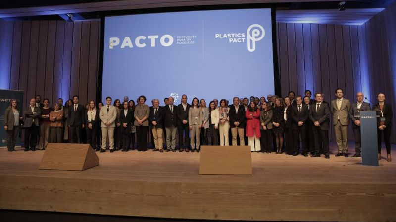 Pacto Plasticos Press Conference