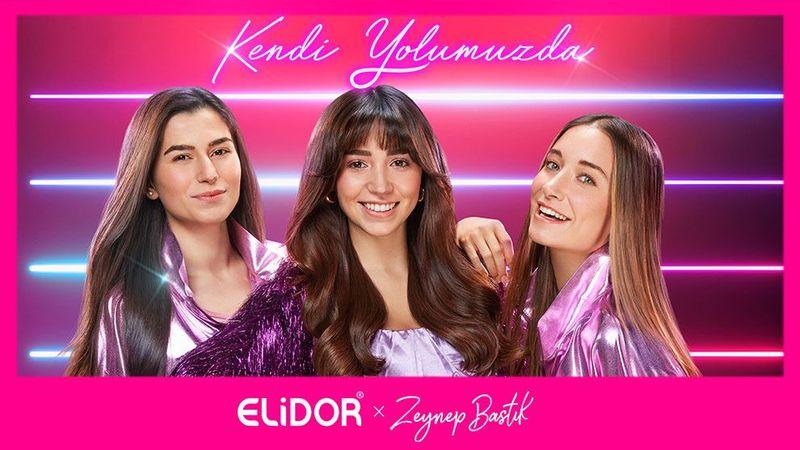 Emine Yigci ,Zeynep Bastık ve Aleyna Hadimoglu'nun Kendi Yolumuzda kampanya fotografı