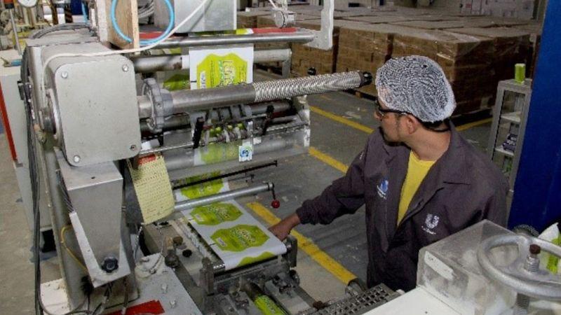 Unilever continua reduciendo el impacto ambiental de sus operaciones 990x557