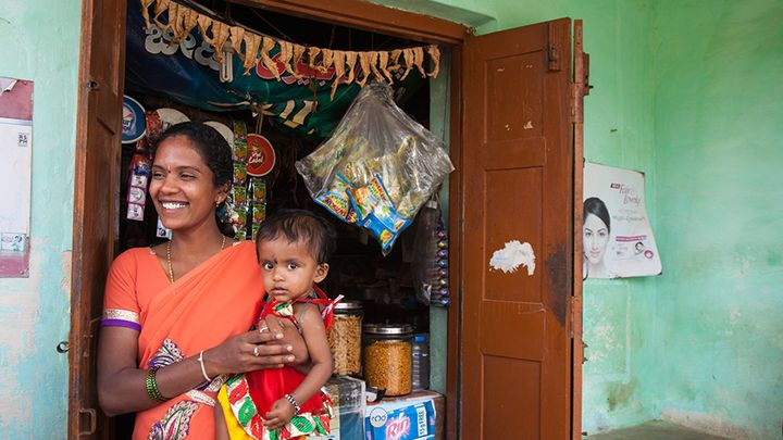 Shakthi woman with child in India