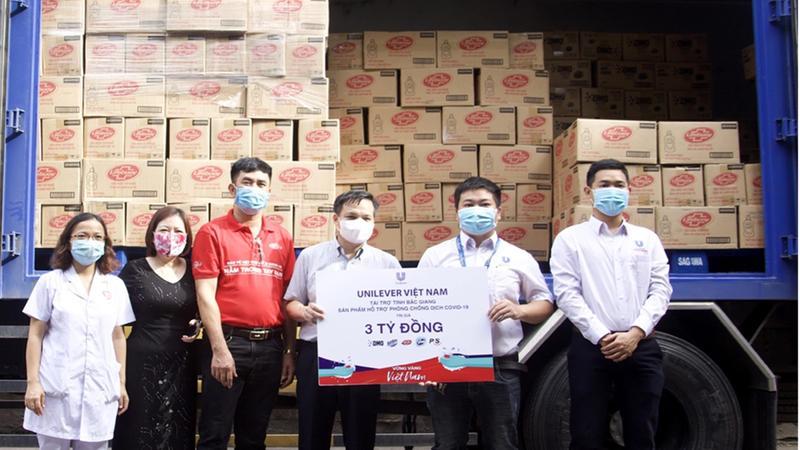 Unilever hỗ trợ sản phẩm chống dịch đế 2,6 triệu người