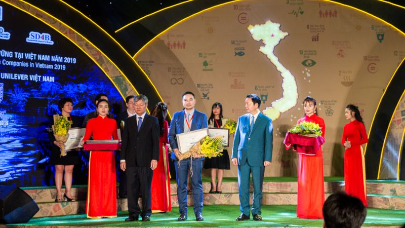 Unilever Vietnam Honored Top 10 Most Sustainable Enterprises