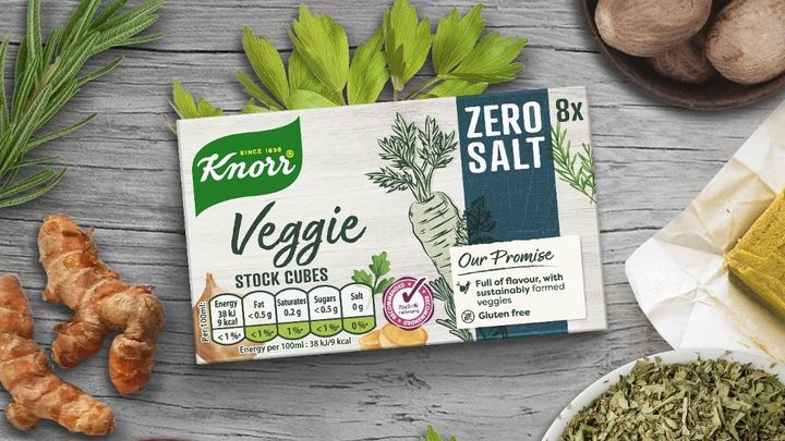 An image of the new Knorr Zero Salt Veggie stock cubes surrounded by a blend of herbs and spices.