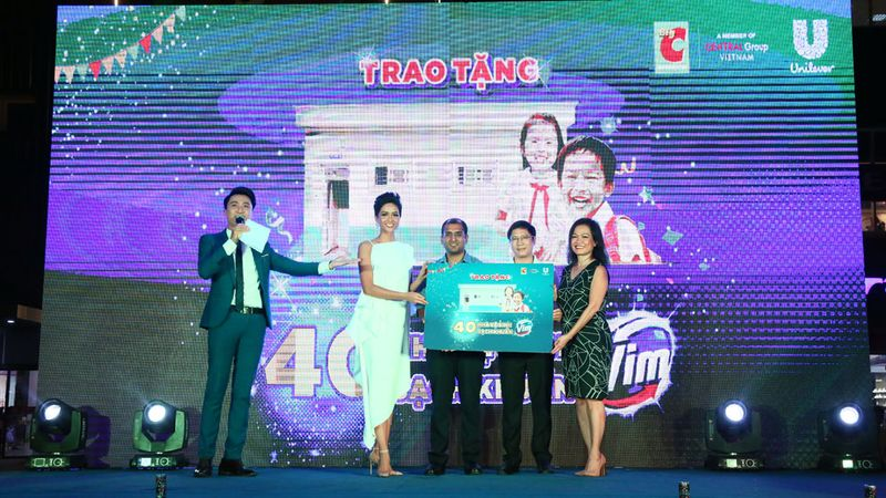 Big C Sinh nhat Vang event