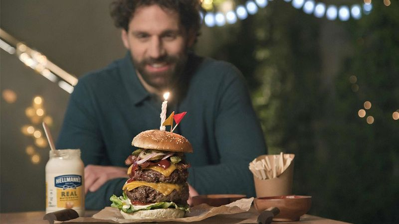 Hellmann's burger