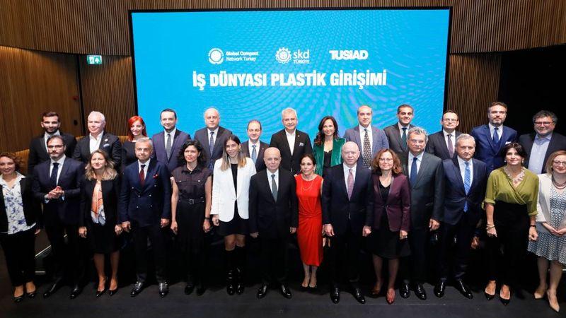 is dunyasi plastik girisimi