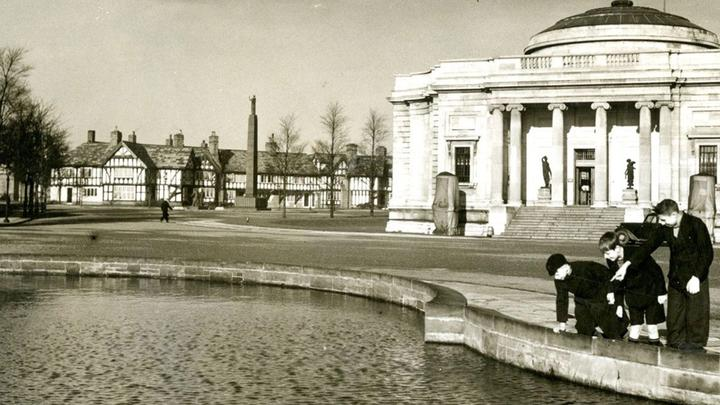 A photograph of the Lady Lever Art Gallery at Port Sunlight, Liverpool, UK.