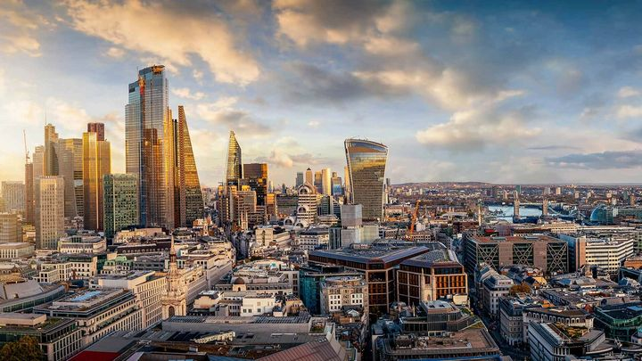 Cityscape of London at sunrise