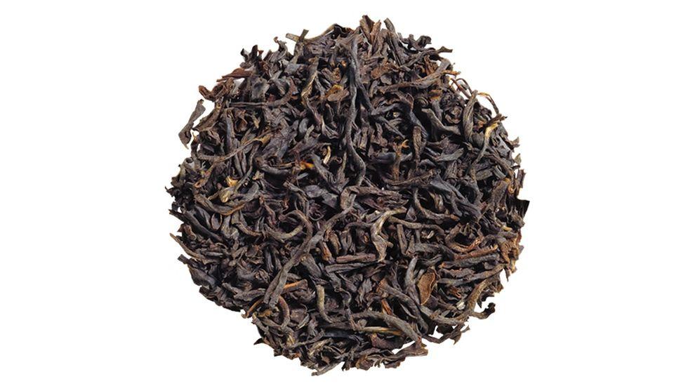 Black tea in a pile