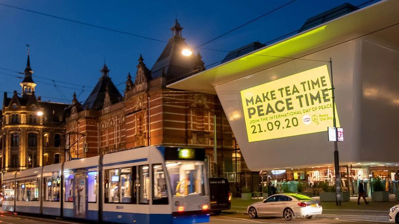 Lipton shone the message 'Make Tea Time Peace Time' onto the Stedelijk Museum in Amsterdam, Netherlands.
