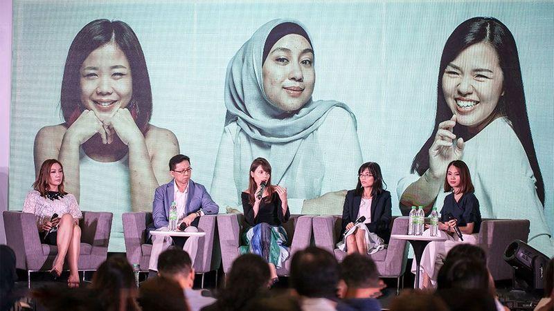 Malaysia conference dove