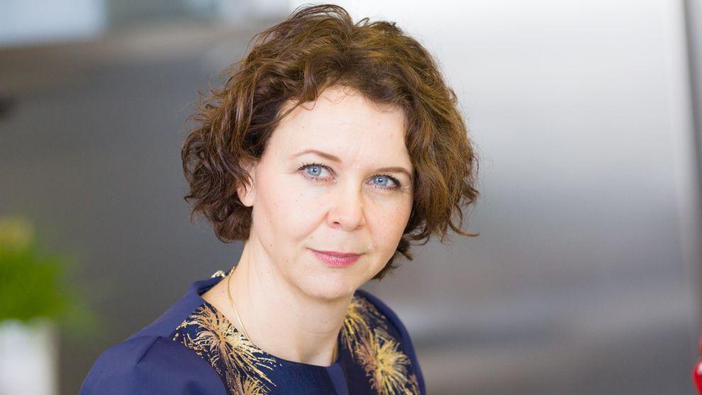 Dr Angelika de Bree