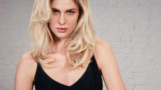 How To Make Your Hair Look Thicker: 6 Steps Model