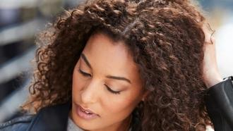 How to Fix 4 Common Winter Hair Woes