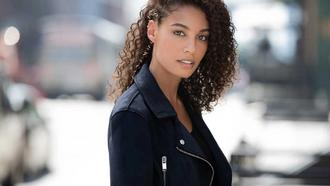 Hairstyles that Help Protect Your Curly Natural Hair
