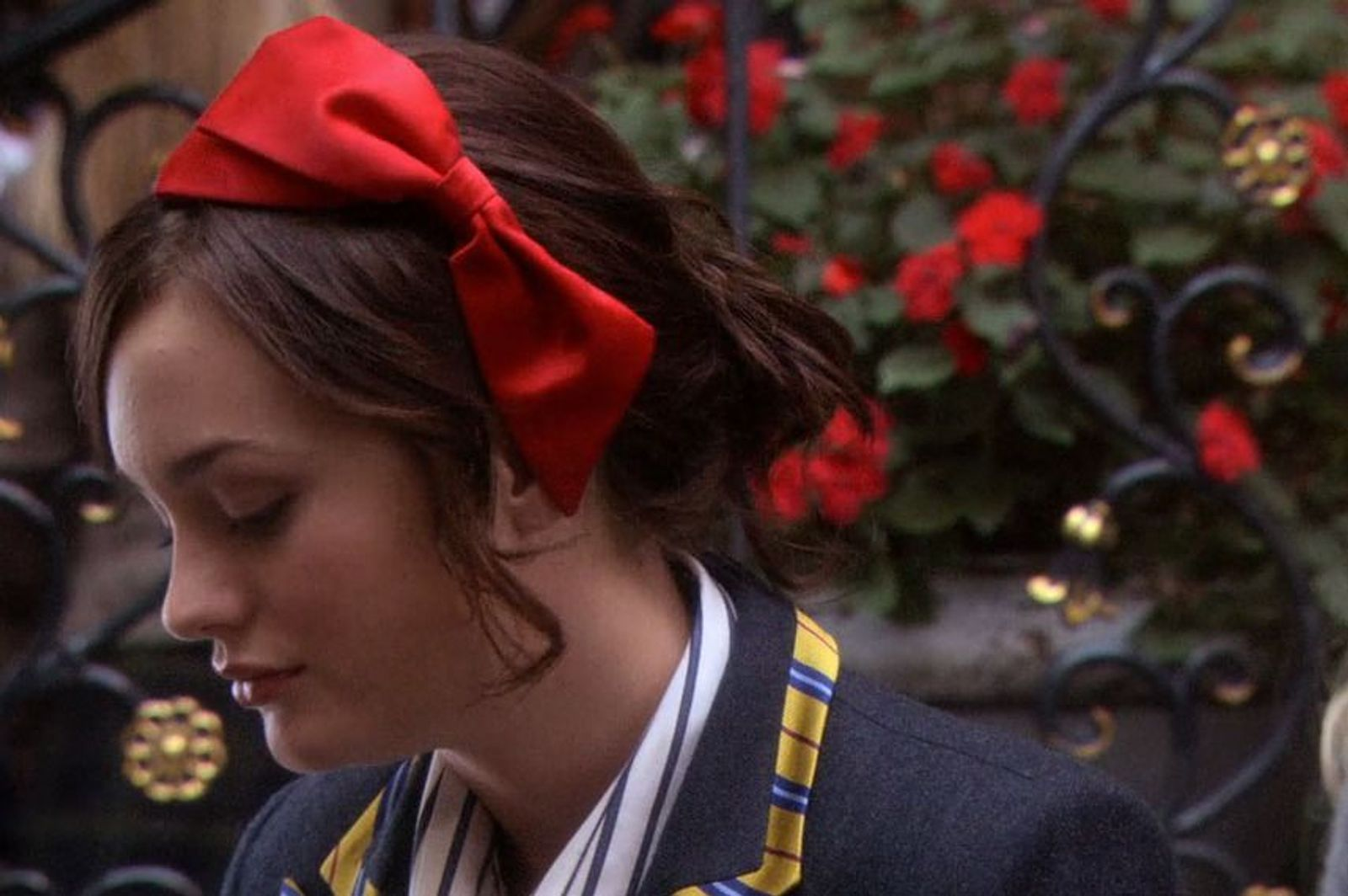 Leighton The Blair Waldorf Headband Hairstyle