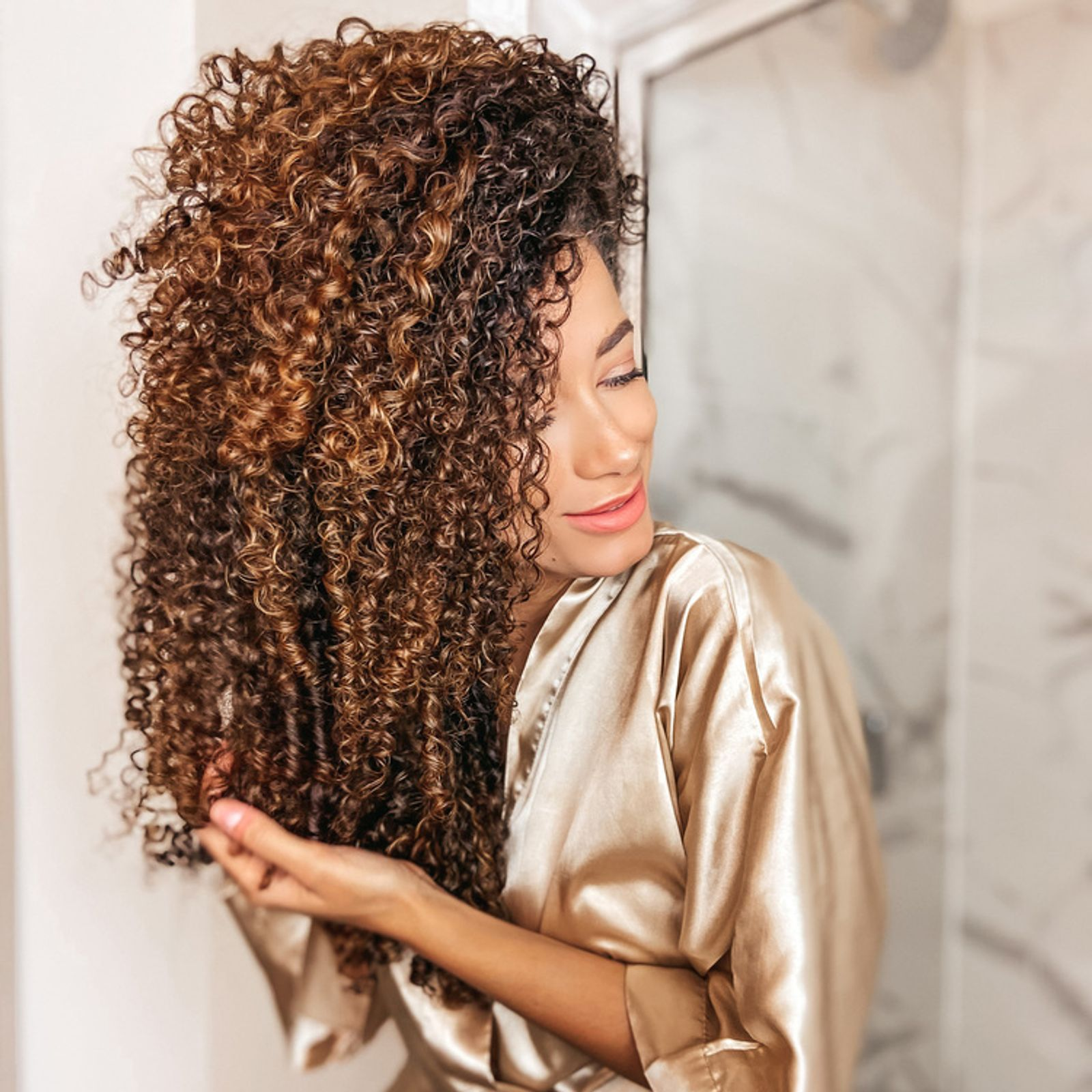 What Is a Hair Mask & How to Apply It Model Shot