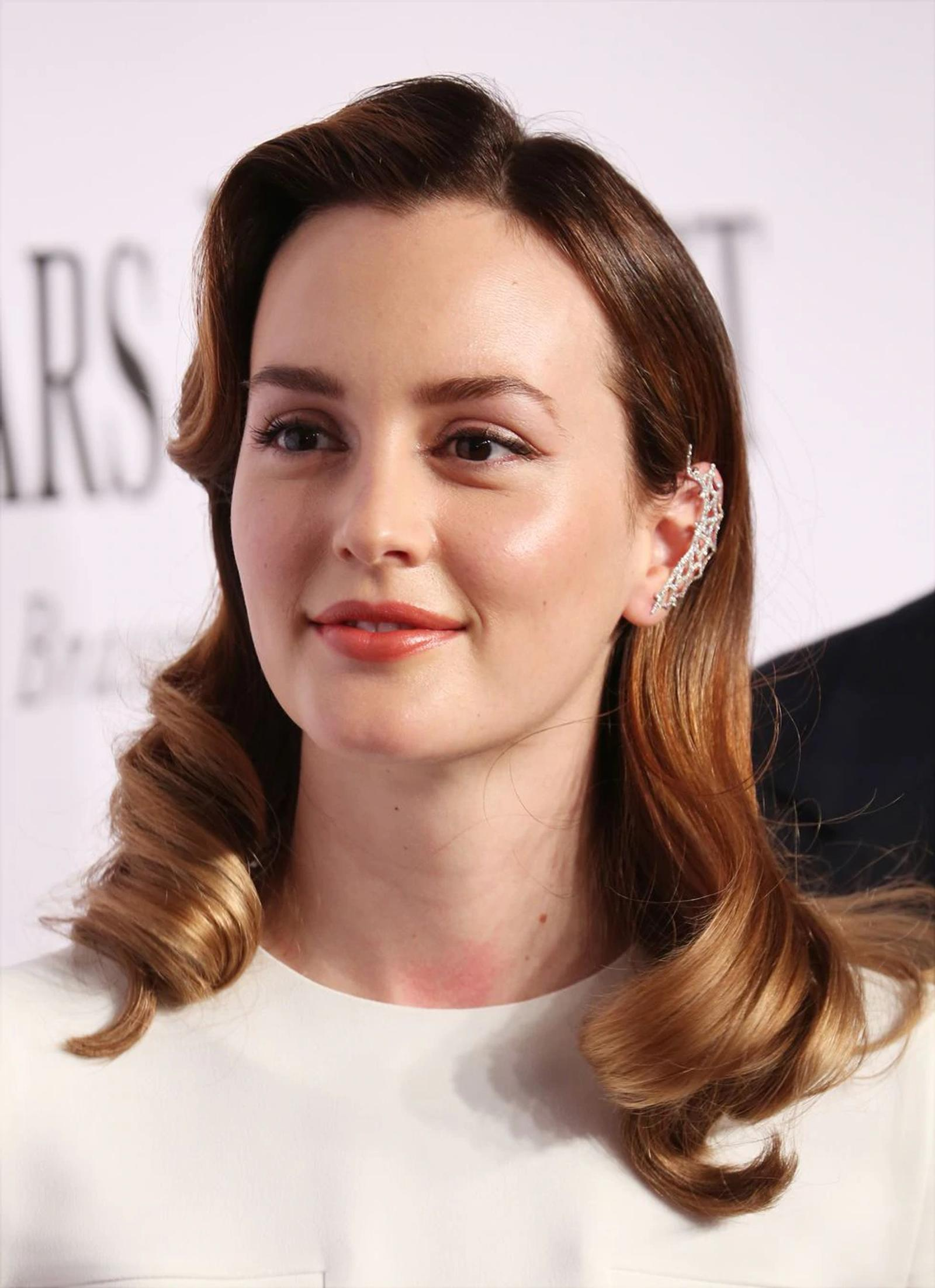 Leighton Caramel Silky Waves Hairstyle