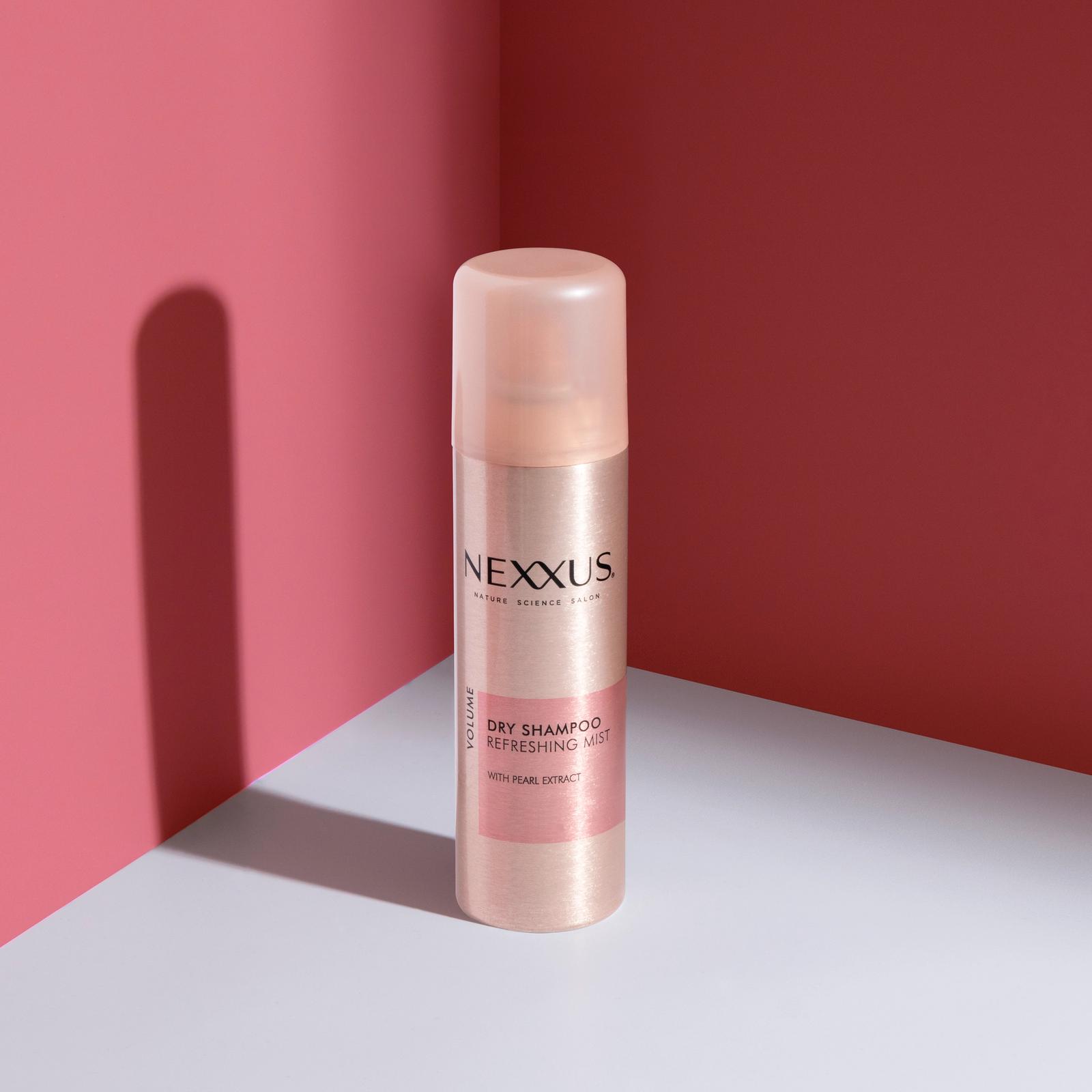 Nexxus Dry Shampoo Refreshing Mist Product Shot