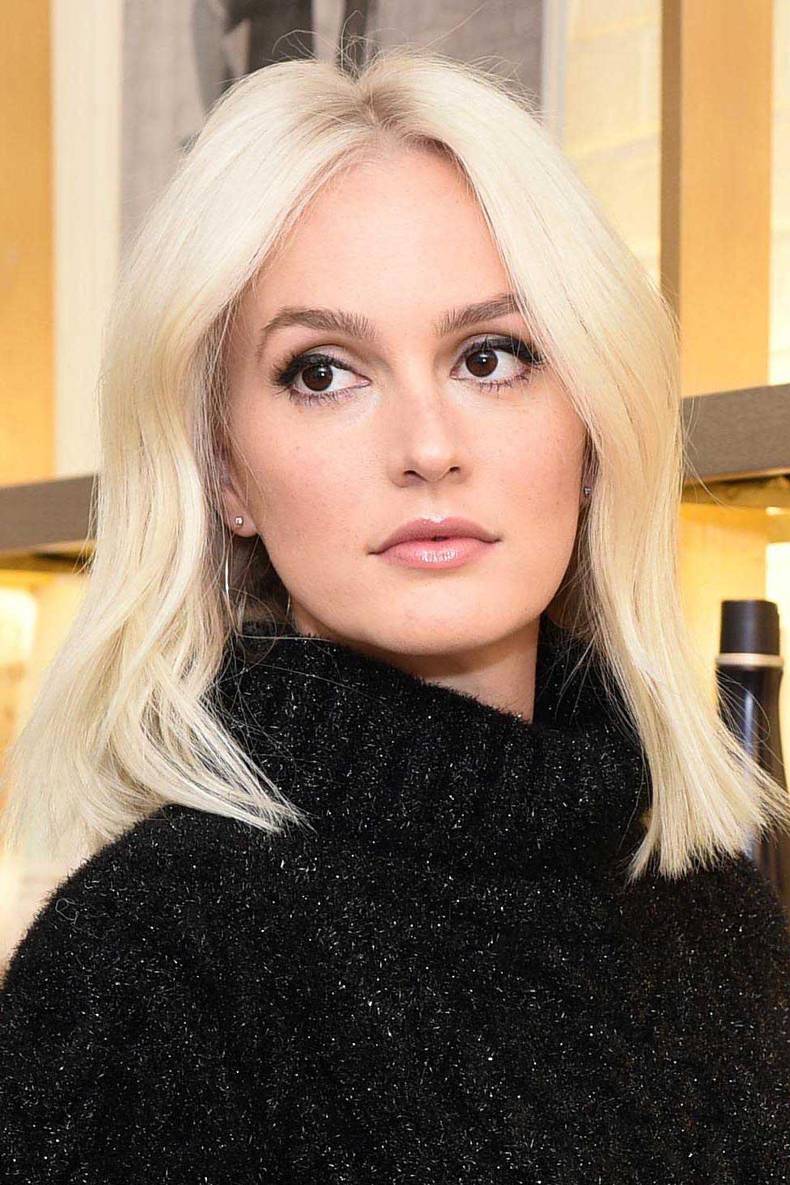 Leighton Platinum Plunge Hairstyle