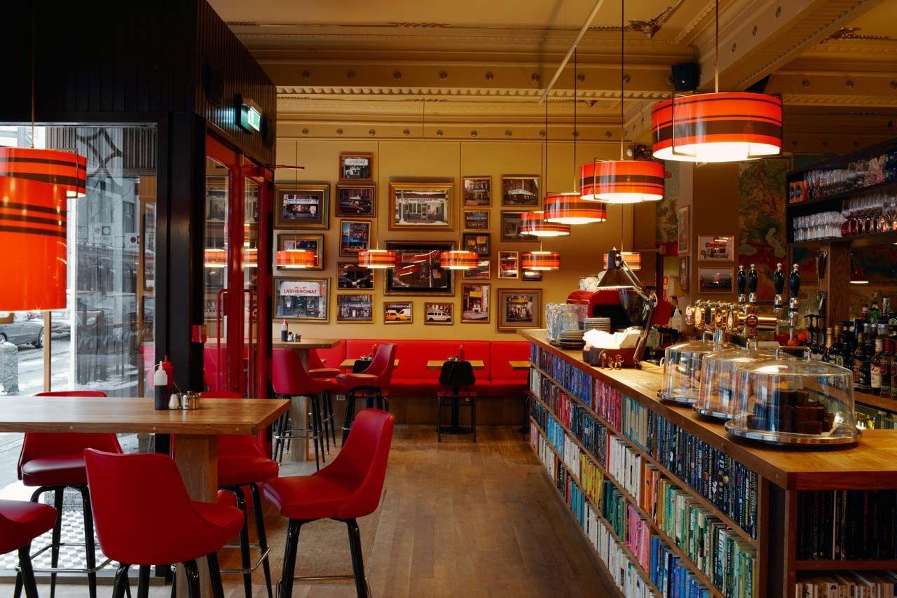 THE LAUNDROMAT CAFÉ