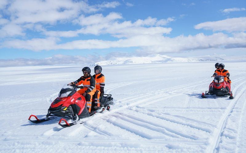 SNOWMOBILE GLACIER TOUR