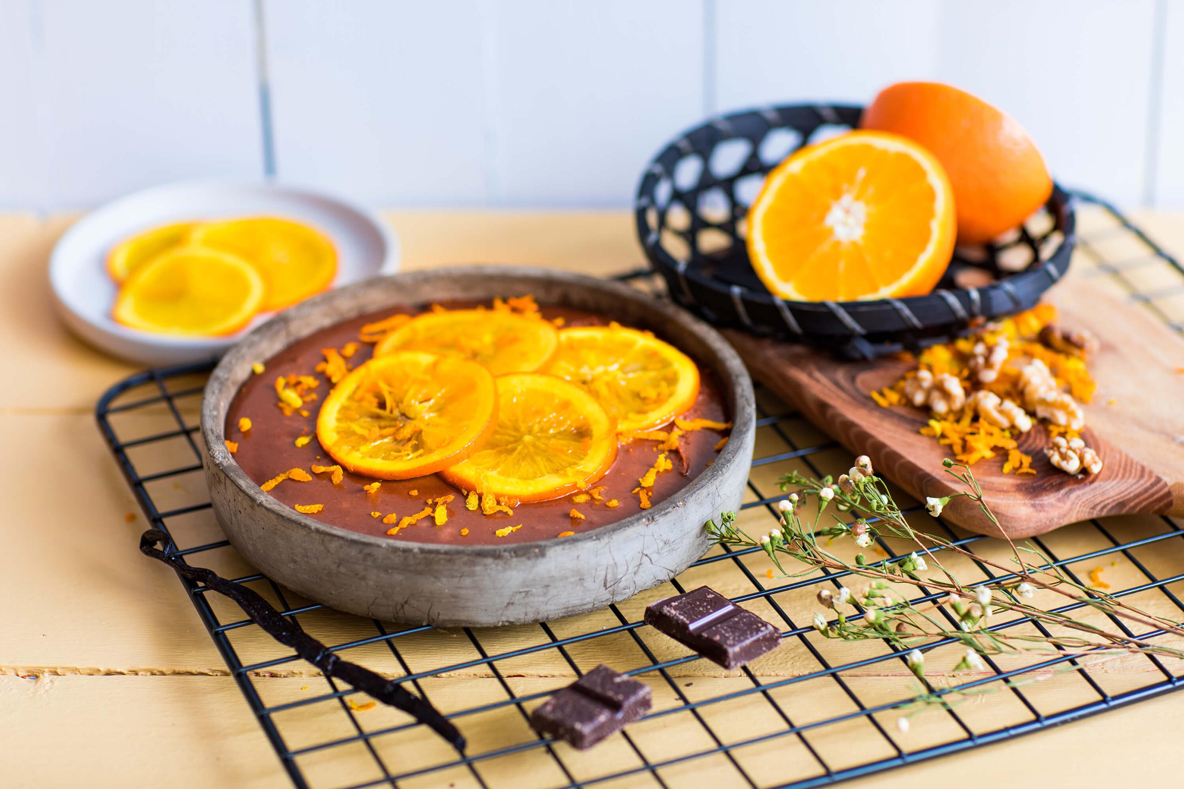 Stekefri sjokoladekake med nøtter og appelsin
