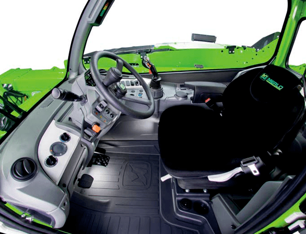 Merlo turbo farmer 30.9 interior telehandler