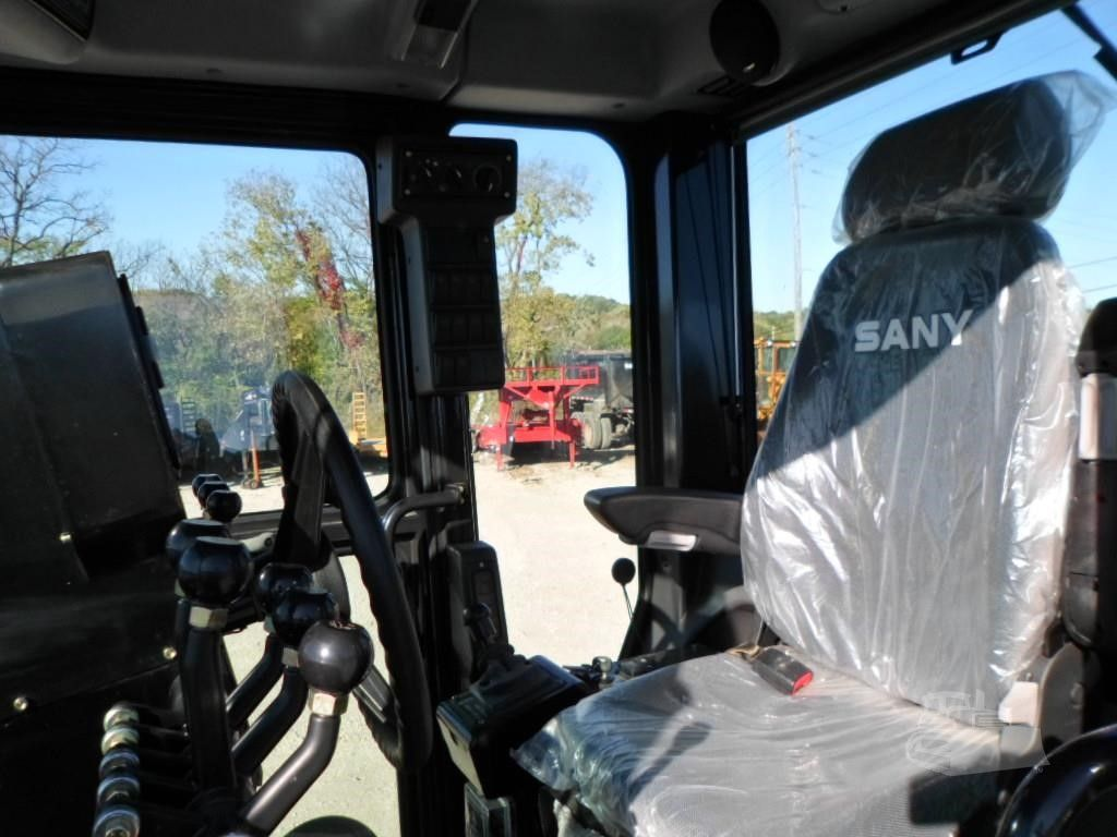 sany-smg200-motor-grader-oeprator-experience