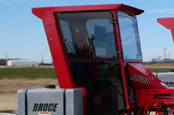 broce-BW260-street-sweeper-enclosed-cab-option