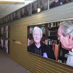 Kva med ein 85-tommar? TV-utstillinga blir også fornya.  (Foto: KVB)