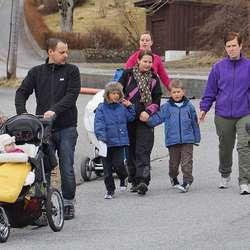 Tre generasjonar Skogedal i marsj. (Foto: Henrik Mjelva)