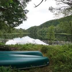 To kanoar er kjøpte inn av Os Turlag og Turboklubben. (Foto: KVB)