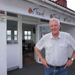 Hans Parnefält er no i drift i nytt kontor, men stiller i helga ut på marknadsdagane. (Foto: Kjetil Vasby Bruarøy)