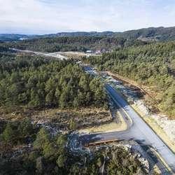 Endelausmarka-Åsen. Neste trinn blir Åsen-Helleskaret. (Foto: Statens vegvesen/Hawkeye, 26. februar 2020)