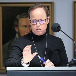 «Kommunalminister» Line Rye fortalte om behov for kapasitetsauke. (Foto: KVB)
